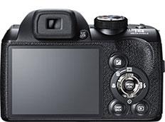 Máquina digital Fujifilm FinePix S4500 - Foto ilustrativa editada pelo Câmera versus Câmera